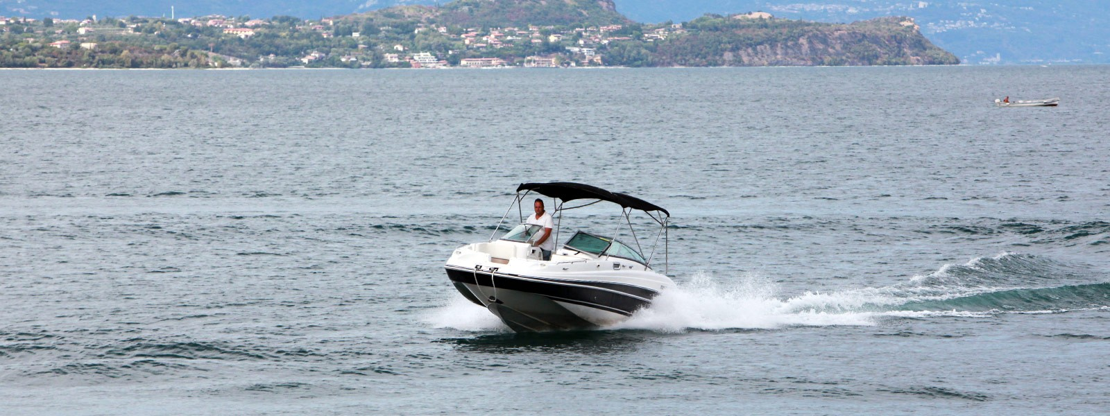 Boat rental on Lake Garda